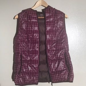 Uniqlo Ultra Light Down Hooded Vest